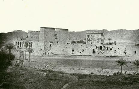 Fig. 7. Vue prise de l'Ile de Beghé, Philoe; Nubie