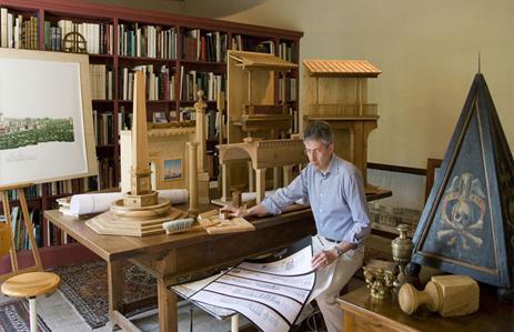 Pier Carlo Bontempi nel suo studio